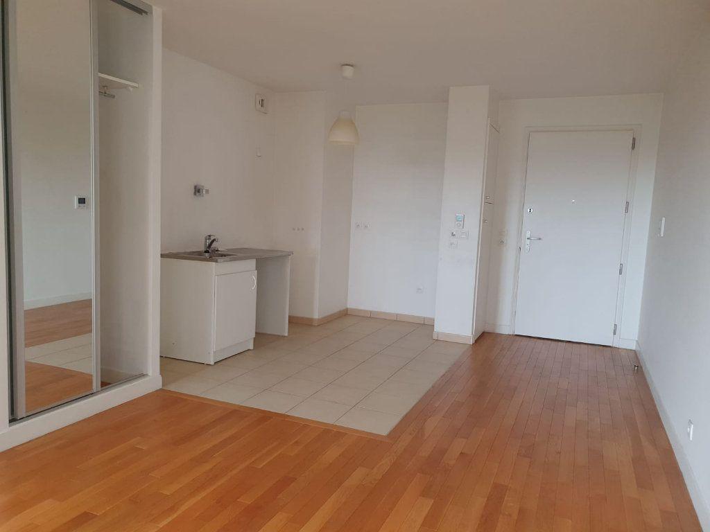 Appartement à louer 2 44.66m2 à Charenton-le-Pont vignette-1