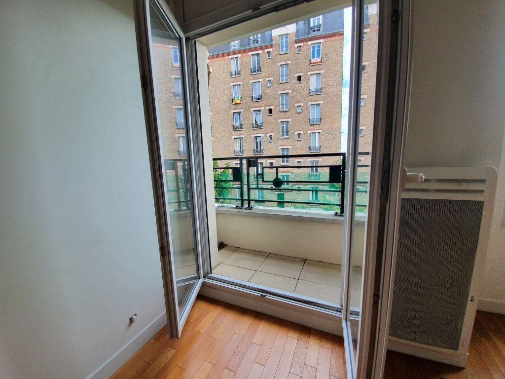 Appartement à louer 2 44.66m2 à Charenton-le-Pont vignette-3