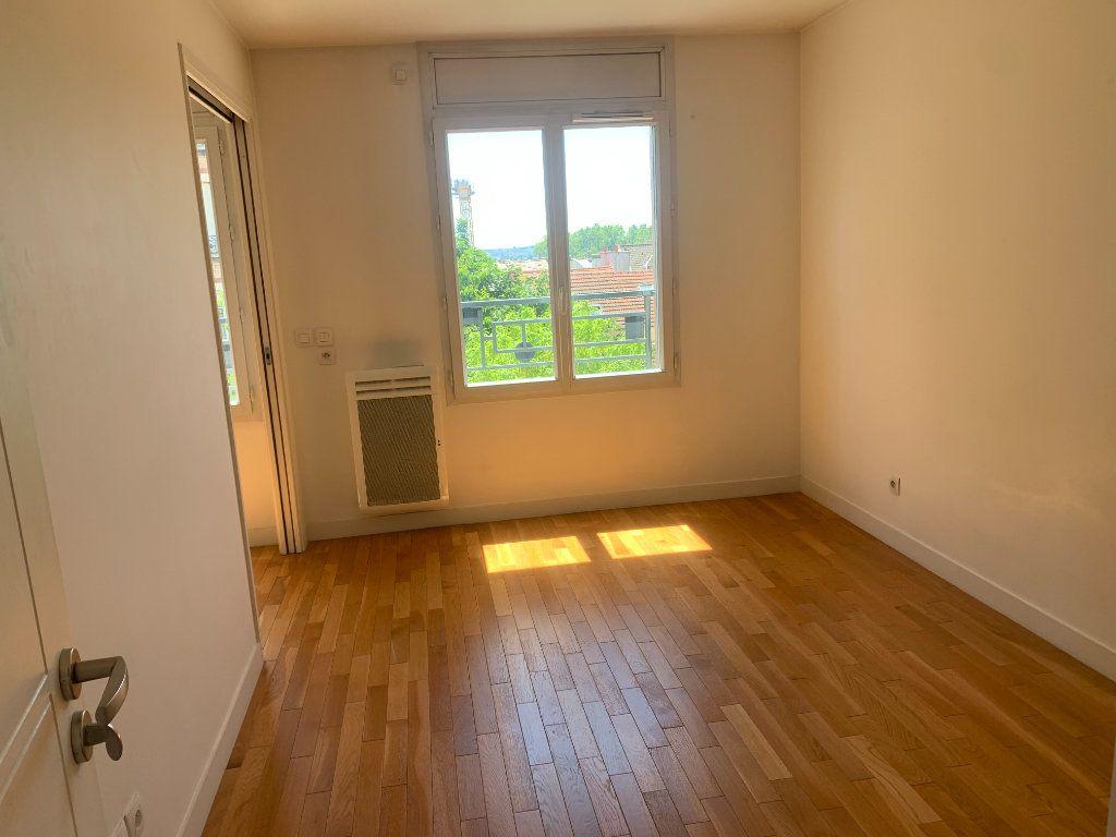 Appartement à louer 2 44.66m2 à Charenton-le-Pont vignette-9