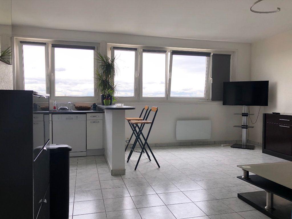 Appartement à louer 2 42m2 à Charenton-le-Pont vignette-1