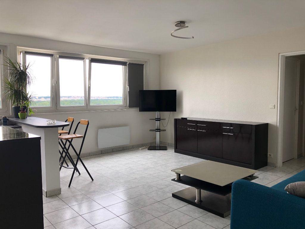 Appartement à louer 2 42m2 à Charenton-le-Pont vignette-2