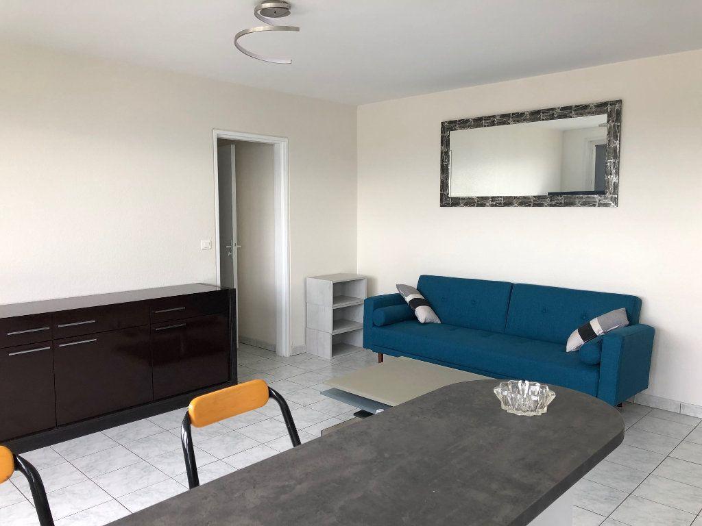 Appartement à louer 2 42m2 à Charenton-le-Pont vignette-5