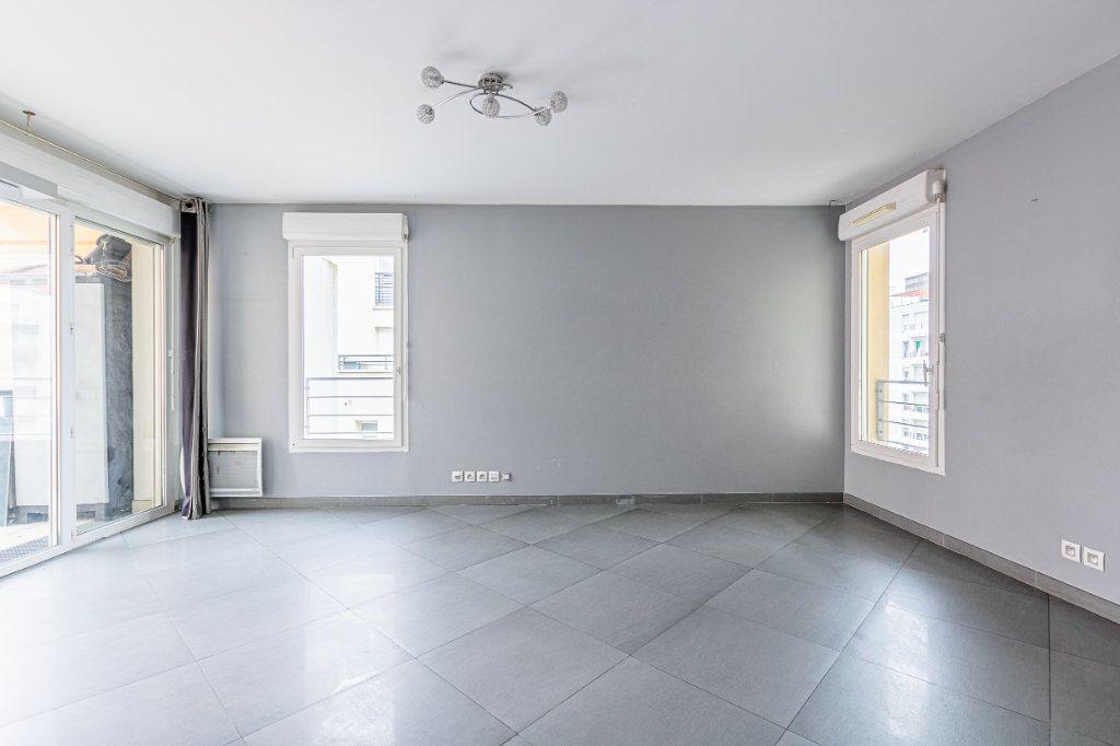 Appartement à louer 3 65m2 à Rosny-sous-Bois vignette-4