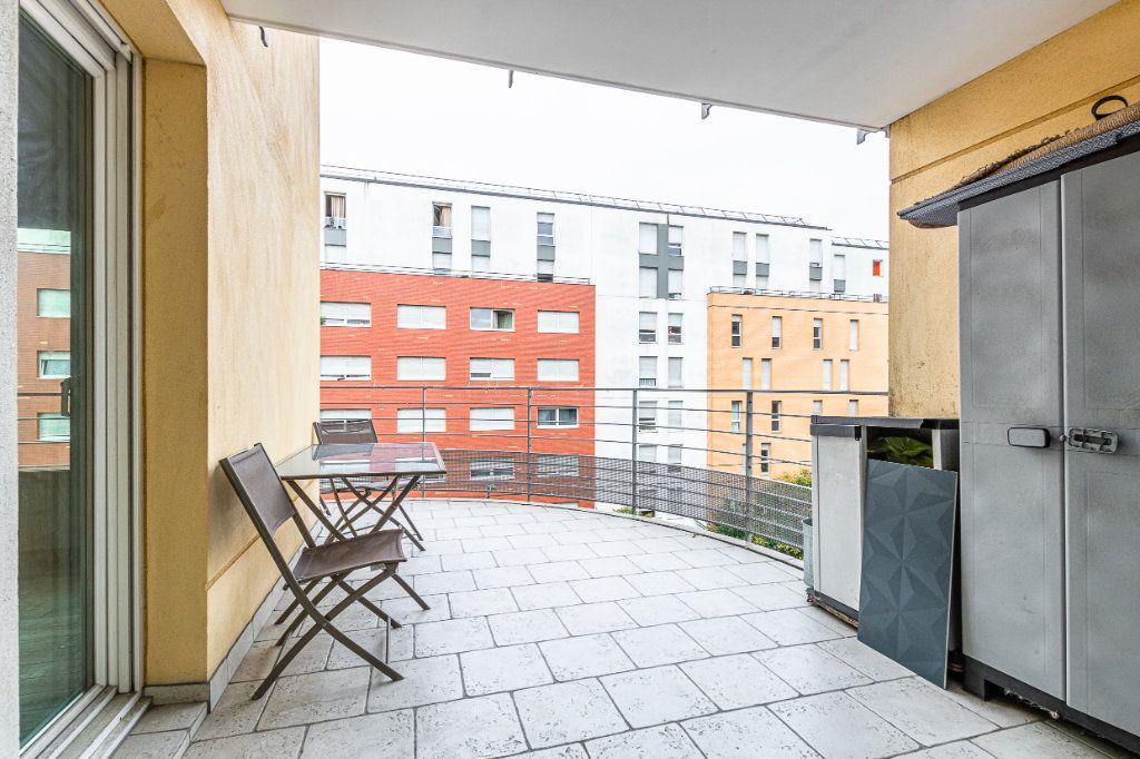 Appartement à louer 3 65m2 à Rosny-sous-Bois vignette-8