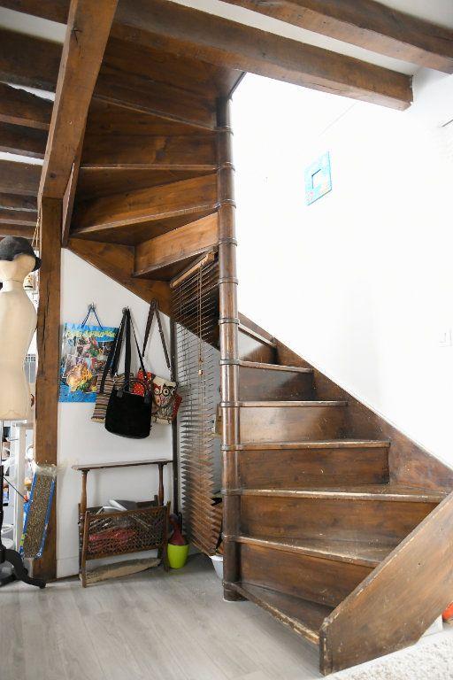 Appartement à vendre 3 53.21m2 à Bry-sur-Marne vignette-4