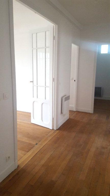 Appartement à vendre 6 120m2 à Asnières-sur-Seine vignette-5