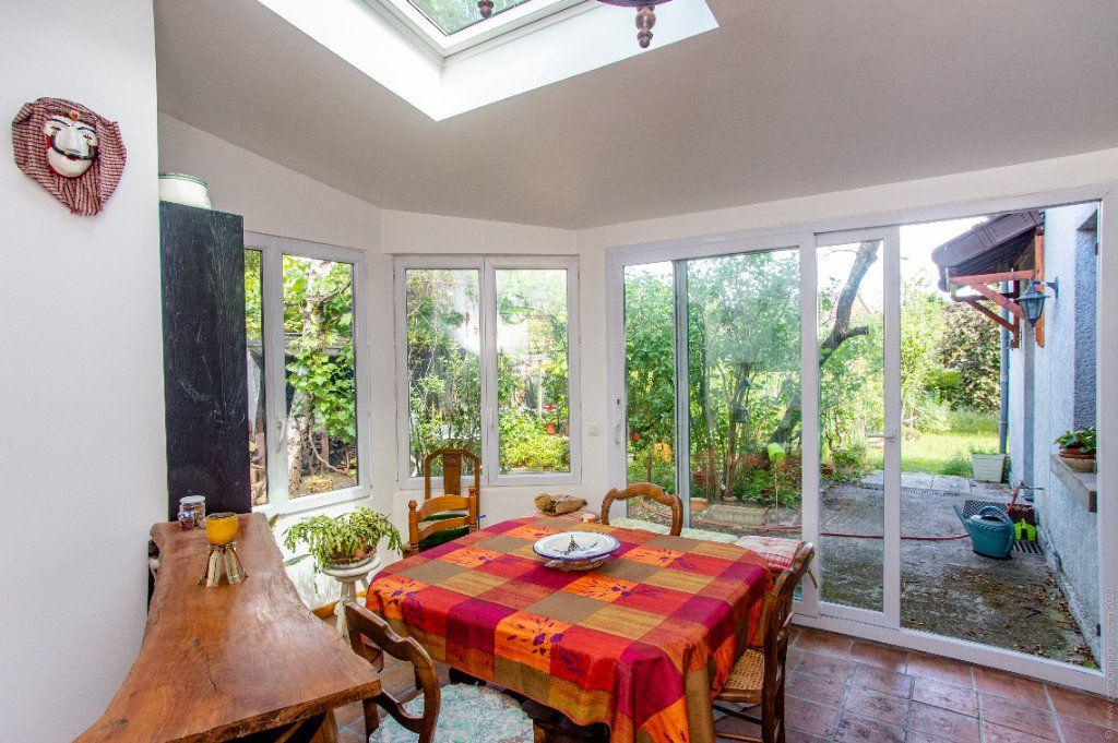 Maison à vendre 6 130m2 à Noisy-le-Sec vignette-4