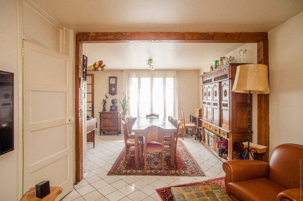 Maison à vendre 6 130m2 à Noisy-le-Sec vignette-6