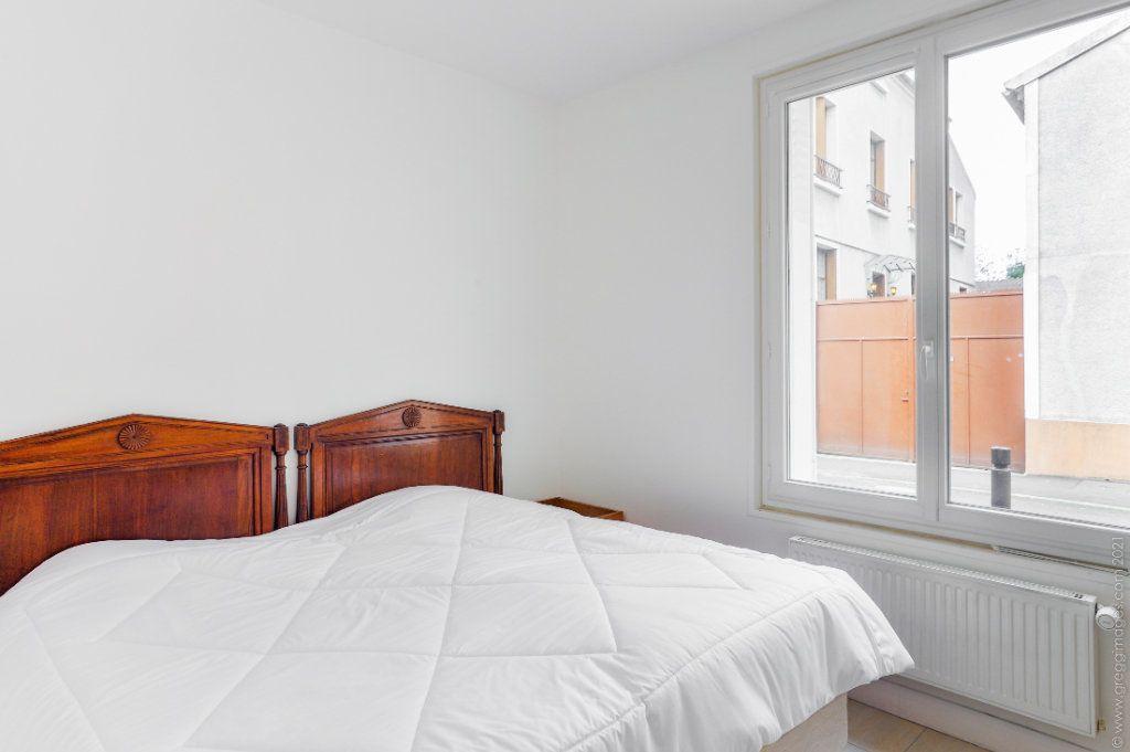 Maison à vendre 4 111m2 à Montreuil vignette-5