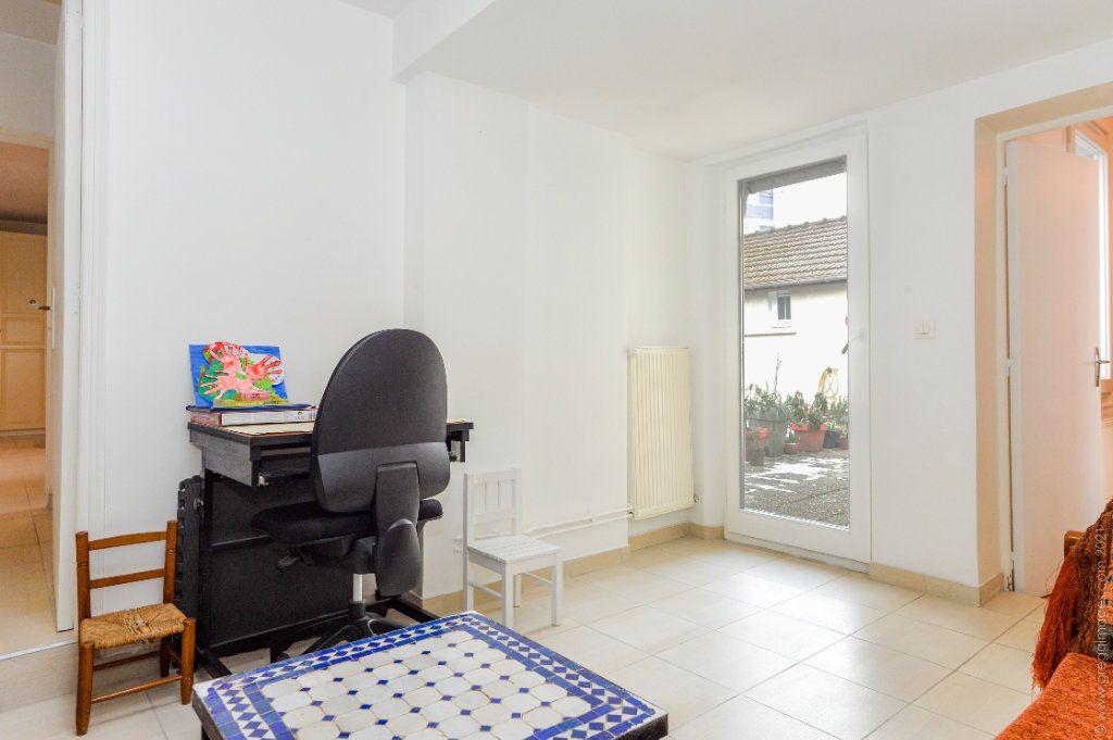 Maison à vendre 4 111m2 à Montreuil vignette-7