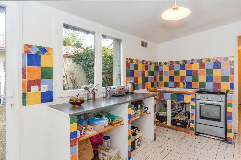 Maison à vendre 4 111m2 à Montreuil vignette-11