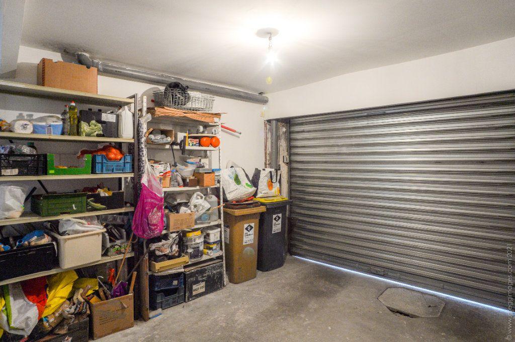 Maison à vendre 4 111m2 à Montreuil vignette-15