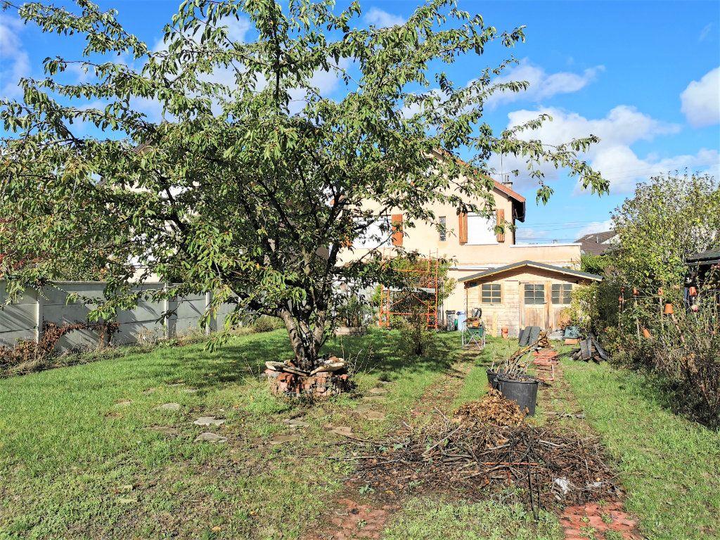 Maison à vendre 6 165m2 à Aulnay-sous-Bois vignette-1