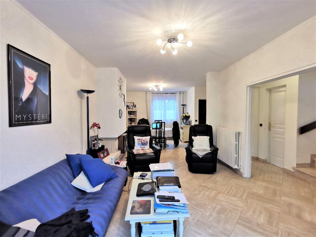 Maison à vendre 6 165m2 à Aulnay-sous-Bois vignette-2