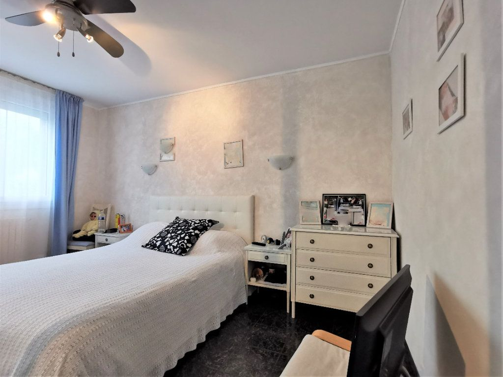 Maison à vendre 6 165m2 à Aulnay-sous-Bois vignette-5