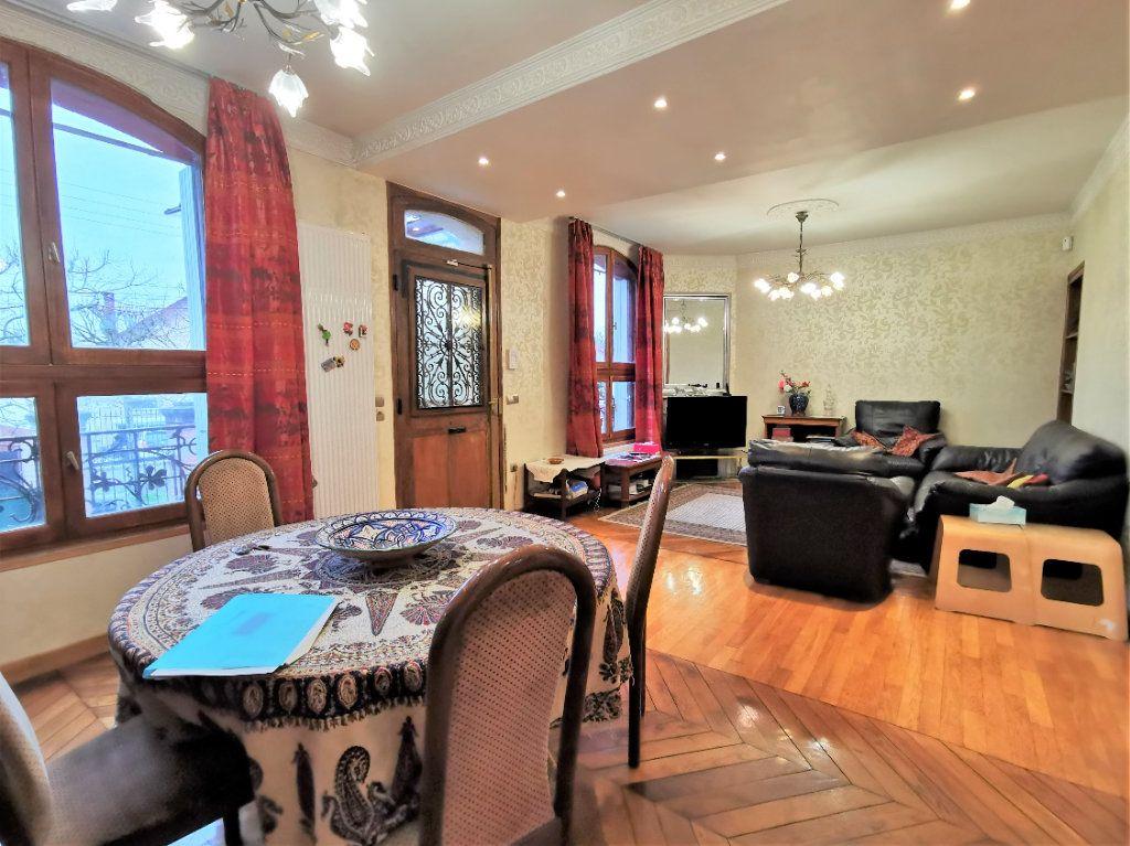 Maison à vendre 7 160m2 à Aulnay-sous-Bois vignette-2