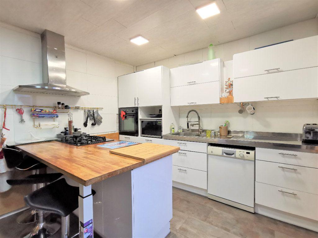 Maison à vendre 7 160m2 à Aulnay-sous-Bois vignette-3