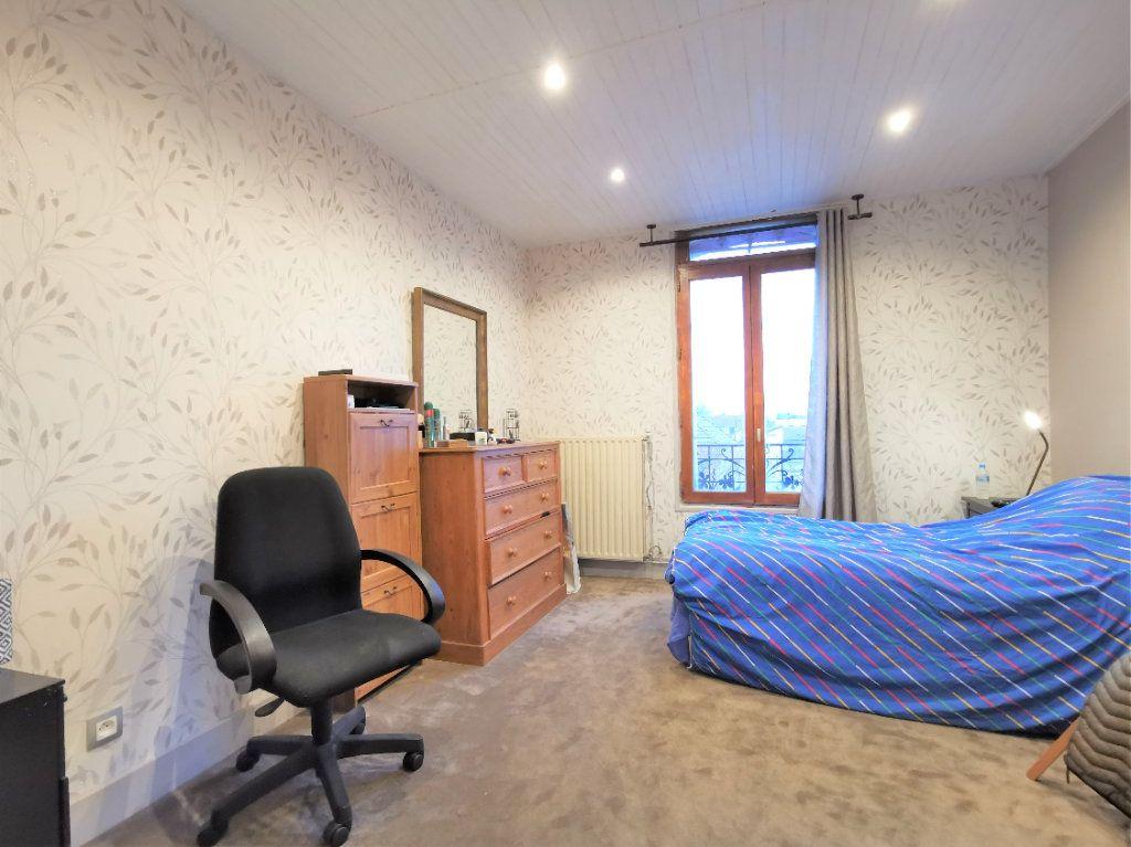 Maison à vendre 7 160m2 à Aulnay-sous-Bois vignette-4