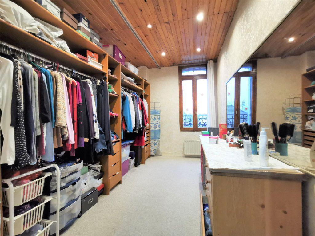 Maison à vendre 7 160m2 à Aulnay-sous-Bois vignette-8