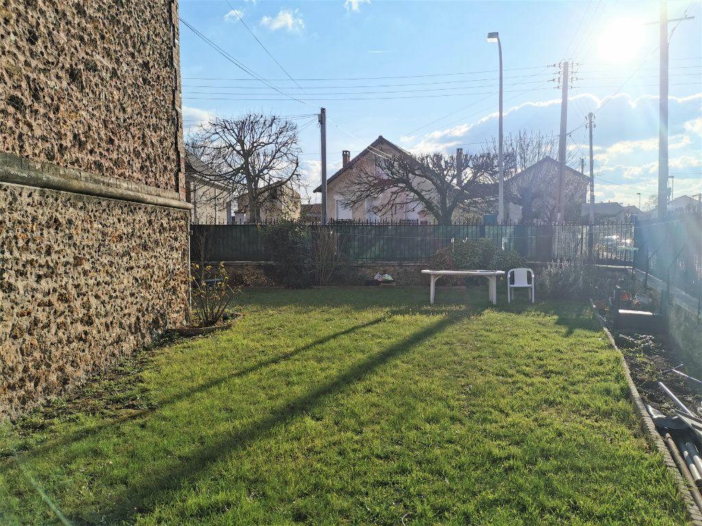 Maison à vendre 7 160m2 à Aulnay-sous-Bois vignette-11