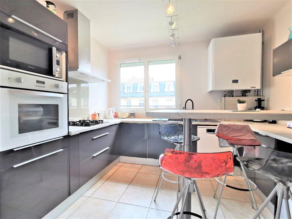 Maison à vendre 8 160m2 à Aulnay-sous-Bois vignette-2