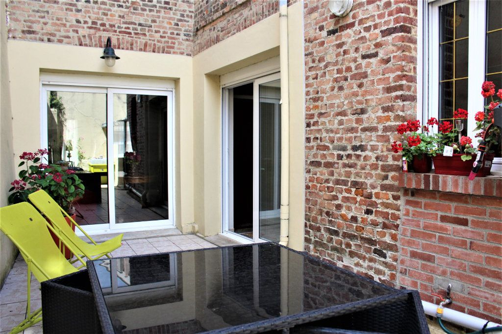 Maison à vendre 6 170m2 à Saint-Quentin vignette-2