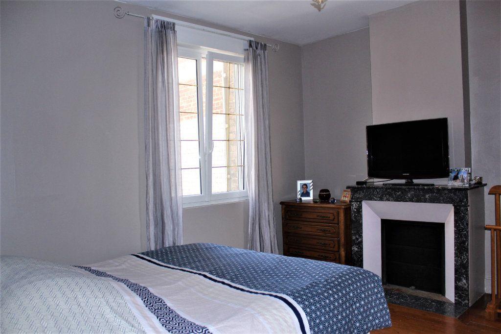 Maison à vendre 6 170m2 à Saint-Quentin vignette-8