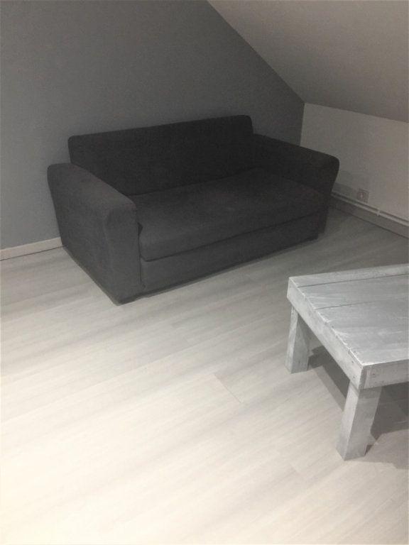 Appartement à louer 2 22m2 à Saint-Quentin vignette-5