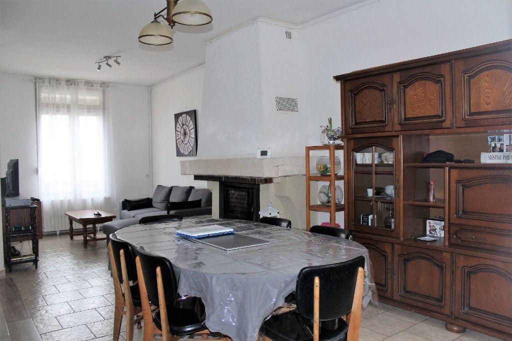 Maison à vendre 5 90m2 à Saint-Quentin vignette-2