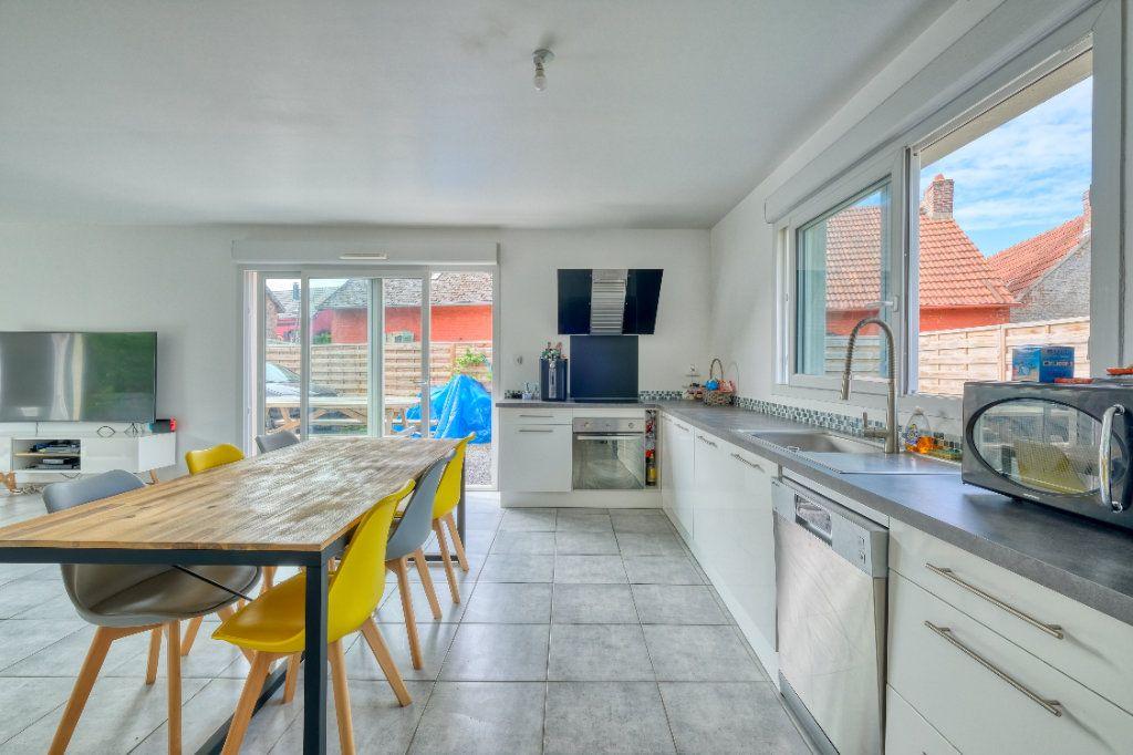 Maison à vendre 6 127.48m2 à Bellicourt vignette-2