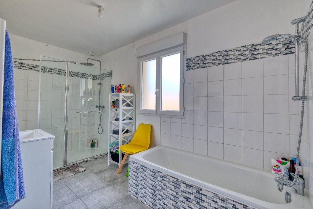 Maison à vendre 6 127.48m2 à Bellicourt vignette-6