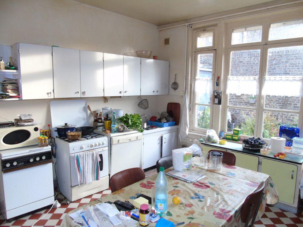 Maison à vendre 4 140.12m2 à Ribemont vignette-4