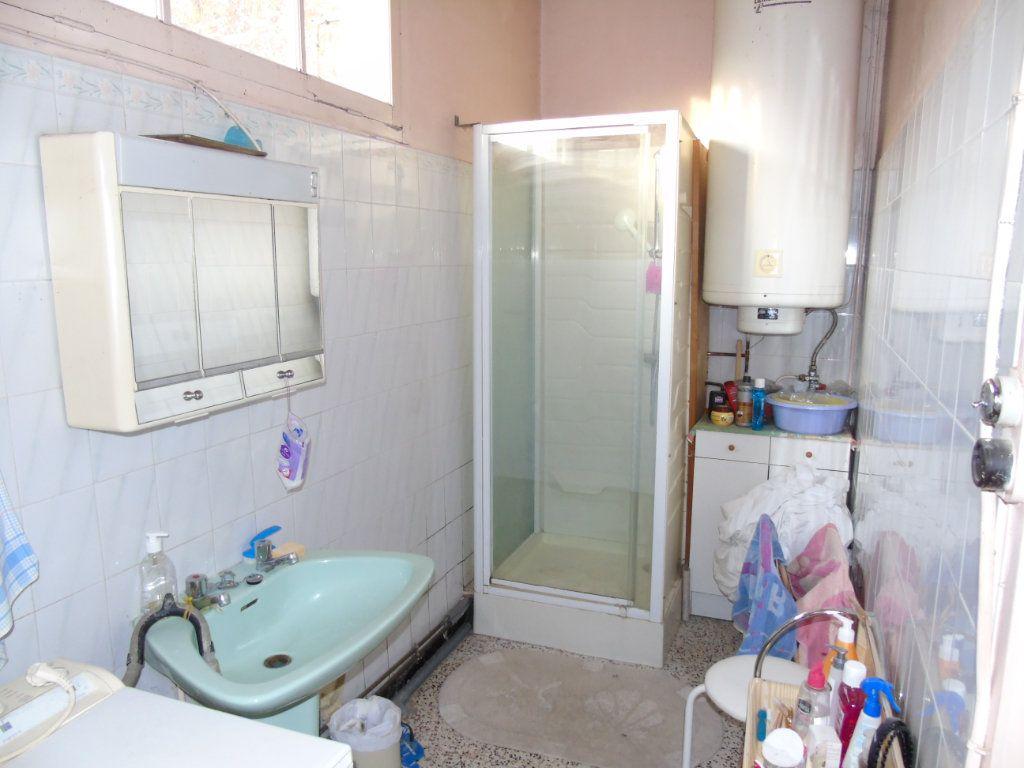 Maison à vendre 4 140.12m2 à Ribemont vignette-5