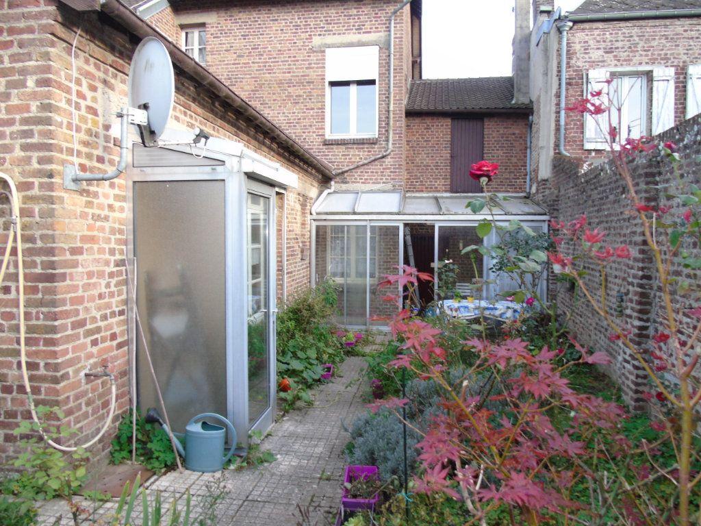 Maison à vendre 4 140.12m2 à Ribemont vignette-8