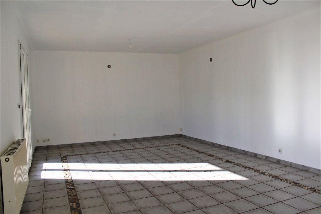 Maison à vendre 6 129m2 à Gauchy vignette-4