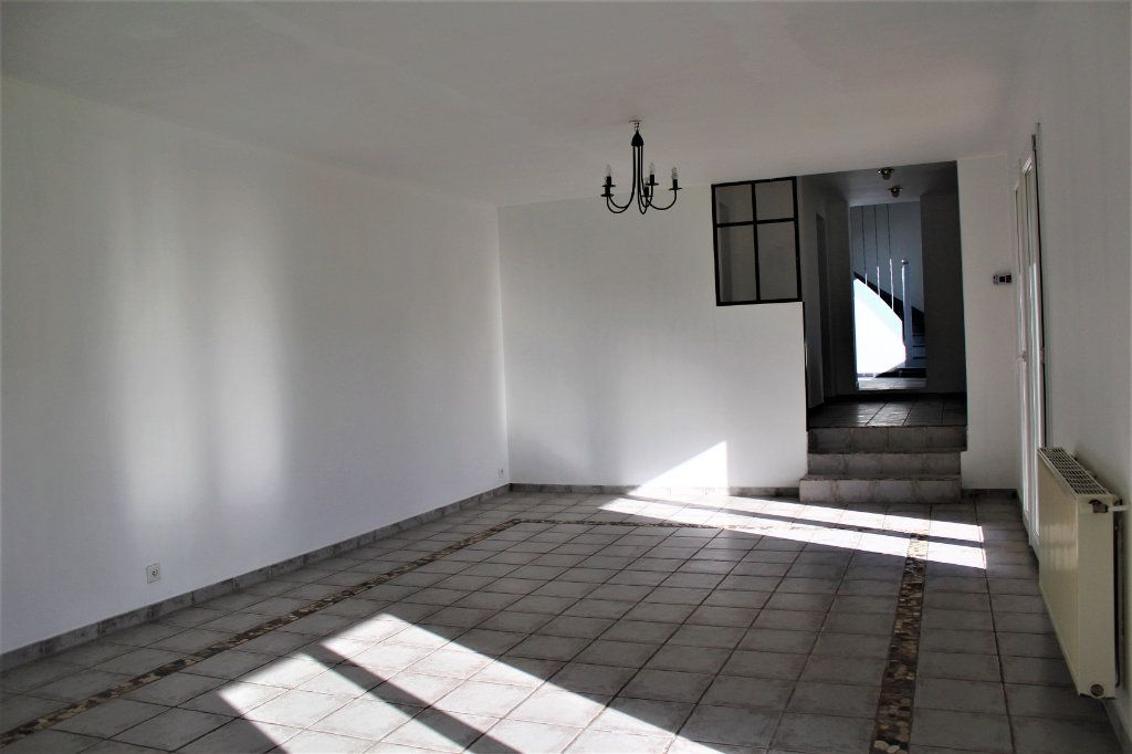 Maison à vendre 6 129m2 à Gauchy vignette-5