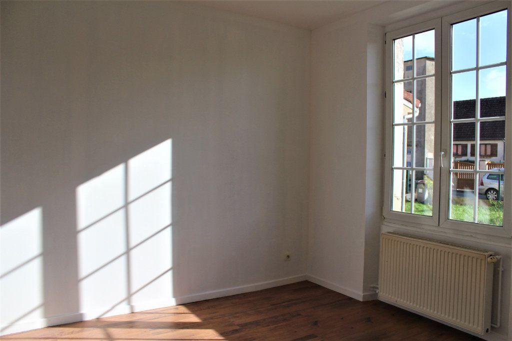 Maison à vendre 6 129m2 à Gauchy vignette-6