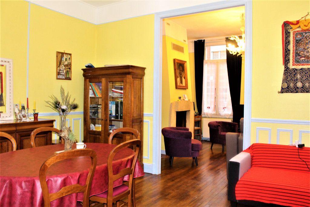 Maison à vendre 6 148m2 à Saint-Quentin vignette-3