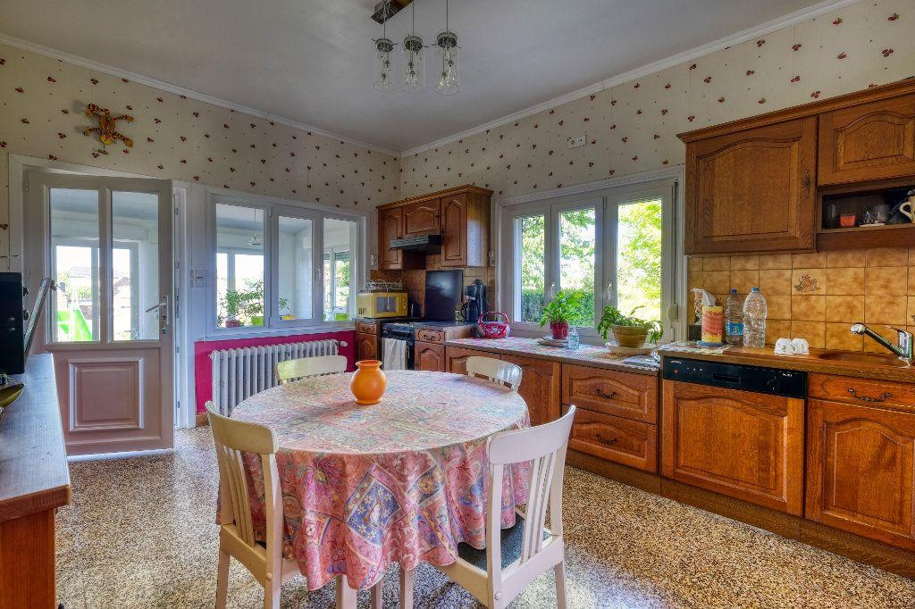 Maison à vendre 5 115m2 à Gauchy vignette-4