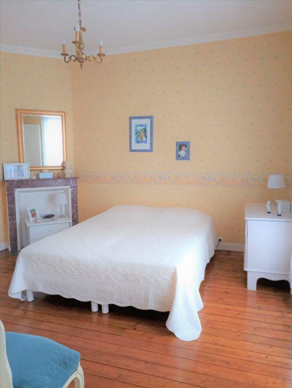 Maison à vendre 6 120m2 à Saint-Quentin vignette-7