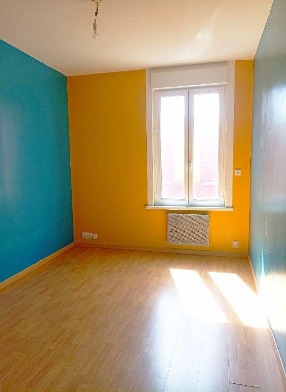 Maison à vendre 5 98m2 à Saint-Quentin vignette-4
