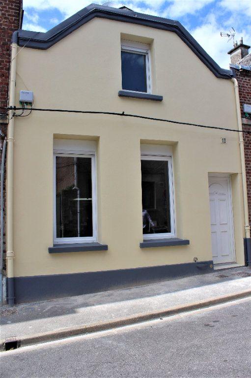 Maison à vendre 3 71m2 à Saint-Quentin vignette-1