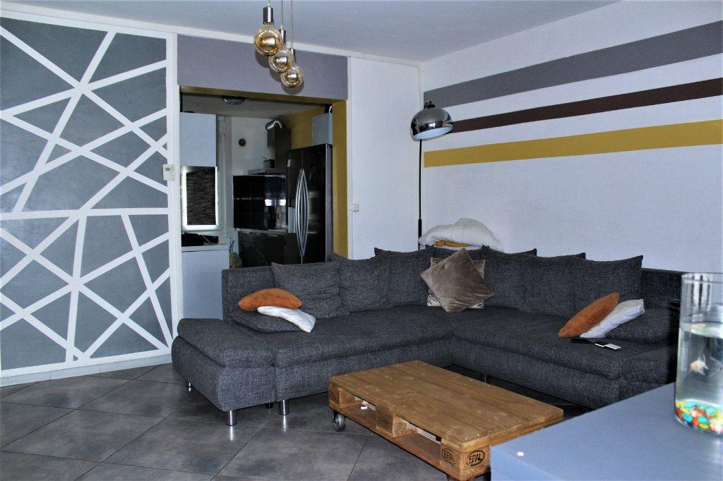 Maison à vendre 6 120m2 à Saint-Quentin vignette-3