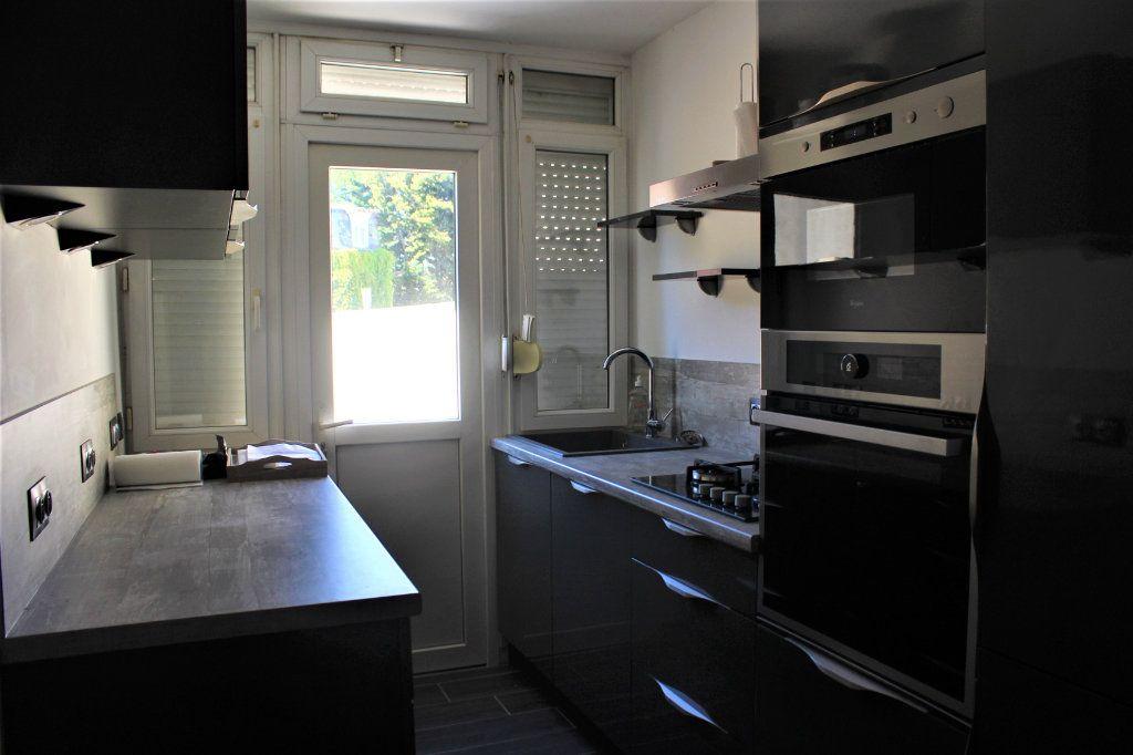 Maison à vendre 5 92m2 à Saint-Quentin vignette-2