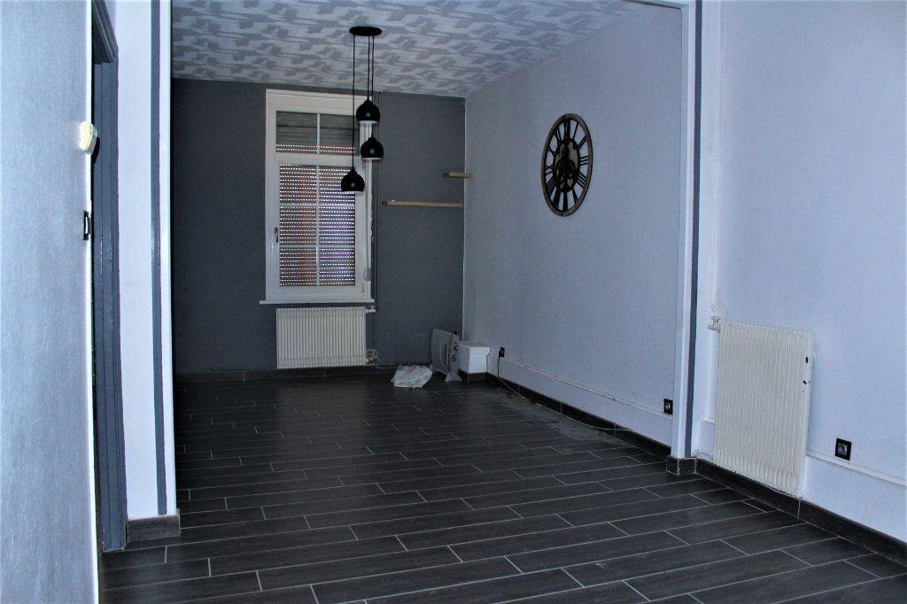 Maison à vendre 5 92m2 à Saint-Quentin vignette-3