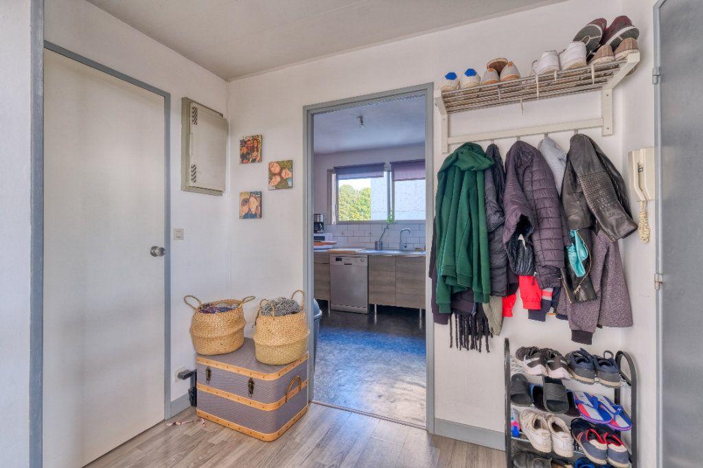 Appartement à vendre 3 69m2 à Saint-Quentin vignette-11