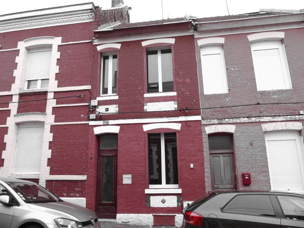 Maison à vendre 3 54.29m2 à Saint-Quentin vignette-1