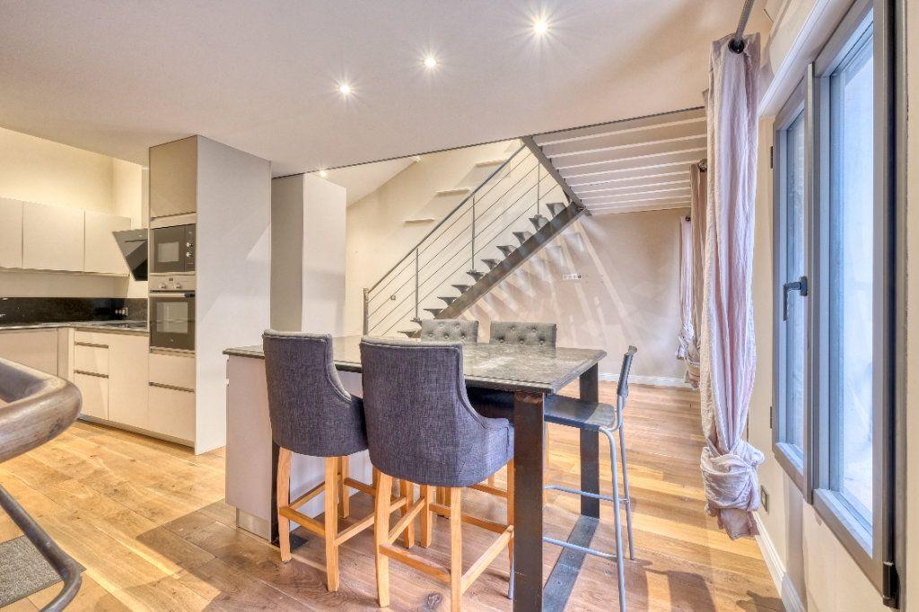 Appartement à vendre 3 75m2 à Saint-Quentin vignette-1