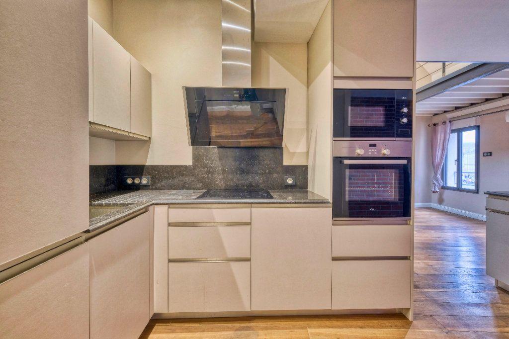 Appartement à vendre 3 75m2 à Saint-Quentin vignette-2