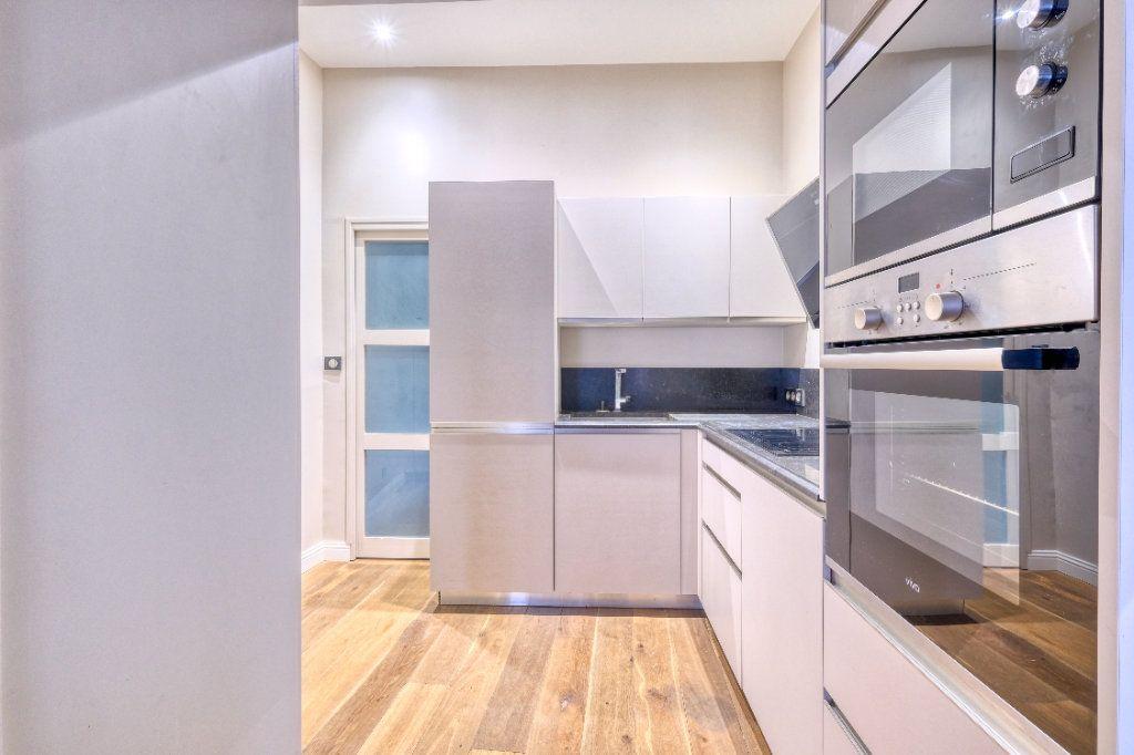 Appartement à vendre 3 75m2 à Saint-Quentin vignette-3